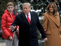 WASHINGTON, DC - FEBRUARY 01: U.S. President Donald Trump (C) departs the White House with first lady Melania Trump (R) and their son, Barron (L), February 01, 2019 in Washington, DC. Trump is scheduled to travel to his home in Florida this weekend. (Photo by Win McNamee/Getty Images)