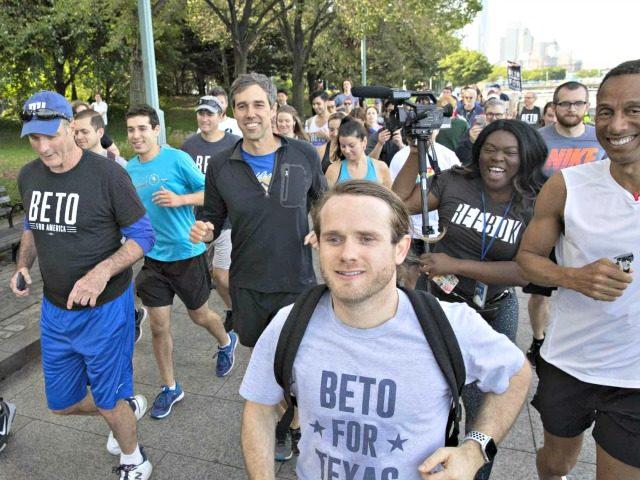 Beto Running, Texas