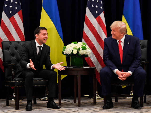 US President Donald Trump and Ukrainian President Volodymyr Zelensky speak during a meeting in New York on September 25, 2019, on the sidelines of the United Nations General Assembly. (Photo by SAUL LOEB / AFP) (Photo credit should read SAUL LOEB/AFP/Getty Images)