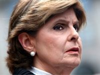 Discrimination attorney Gloria Allred, representing alleged victims of Jeffrey Epstein, talks to the press outside the US Federal Court on August 27, 2019 in New York. - Jeffrey Epstein, 66, had been charged with sex trafficking of minors, a case that grew out of reports that he had been treated …