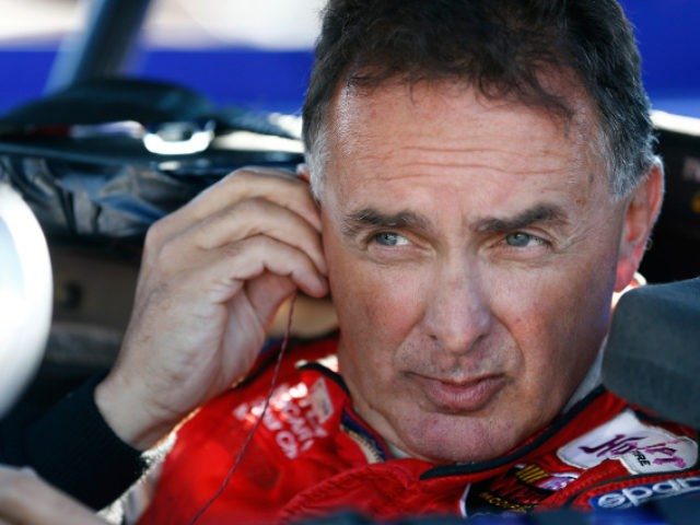 NASCAR icon Mike Stefanik, 61, dies in plane crash