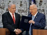 Netanyahu Rivlin (Menahem Kahana / AFP / Getty)