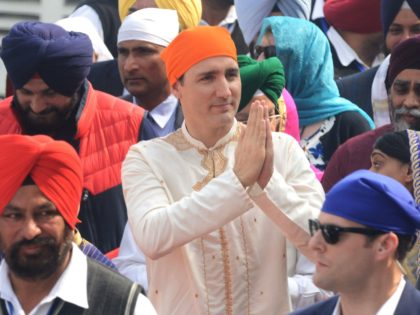 PHOTOS: Trudeau Blackface Scandal Follows Years of 'Enthusiasm' for Ethnic Garb