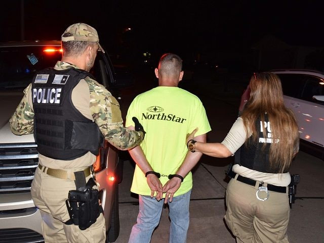 ICE officers in Houston, Texas, arrest a three-time deported Mexican national wanted in California for an alleged homicide. (Photo: U.S. Immigration and Customs Enforcement/Houston Field Office)