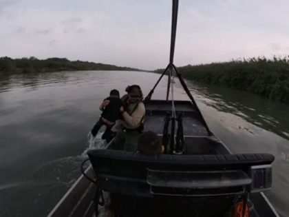 Eagle Pass South Station agents rescue Honduran woman and two small boys from Rio Grande. (Photo: U.S. Border Patrol/Del Rio Sector)