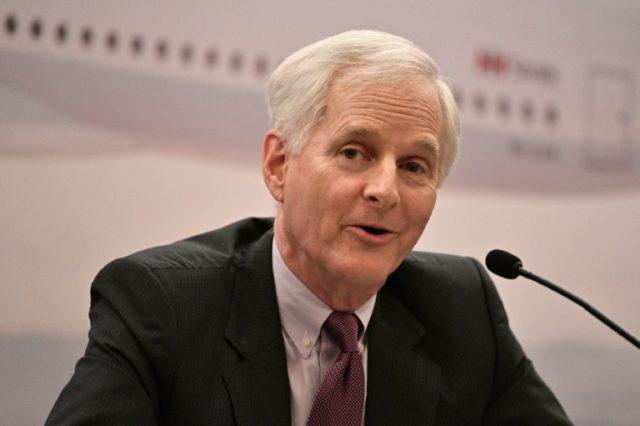 Cathay Pacific chairman John Slosar steps down