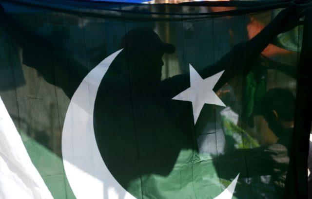 Pakistan sentences three in infamous wedding video killing