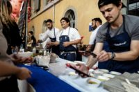 Star chef Colagreco feeds crowds at Lyon Street Food festival