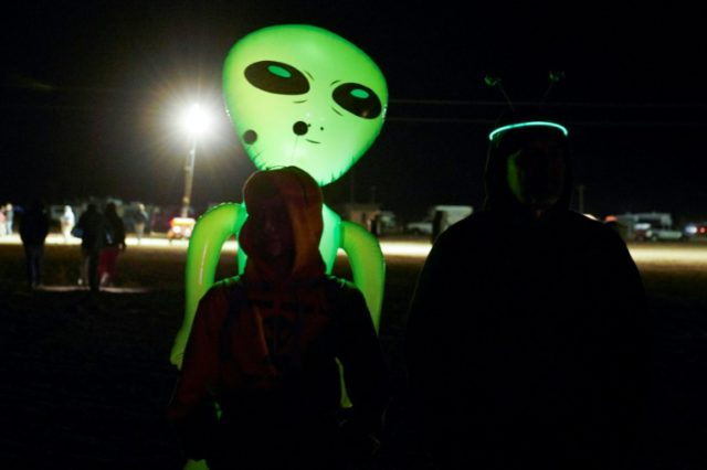 Several dozen alien hunters gather near secretive US base at 'Area 51'