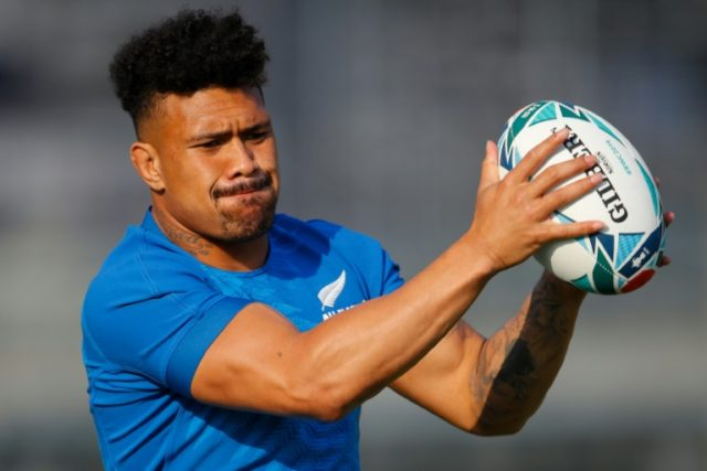 All Blacks coach Hansen toasts Rugby World Cup 'X-factor' Savea