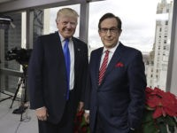 Bloomberg: Chris Wallace is Fox News' 'Face of the Trump Resistance'