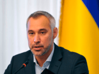 Ukraine's prosecutor-general Ruslan Ryaboshapka speaks to reporters during a press conference in Kiev on October 4, 2019. - Ukraine's prosecutor-general said on October 4, 2019, his office was reviewing the closure of a number of cases related to a gas firm linked to US Democrat Joe Biden's son. Prosecutor-General Ryaboshapka …