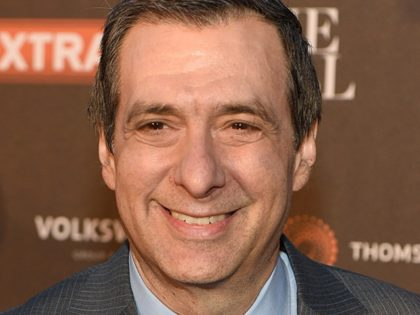 WASHINGTON, DC - APRIL 24: Howard Kurtz attends the The Hill, Extra And The Embassy Of Canada Celebrate The White House Correspondents' Dinner Weekend at Embassy of Canada on April 24, 2015 in Washington, DC. (Photo by Dave Kotinsky/Getty Images)