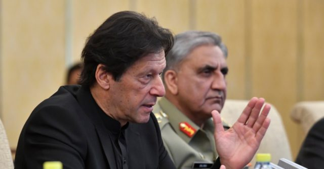 Pakistan PM: 'I Wish I Could Follow Xi's Example' and Purge Hundreds of Politicians