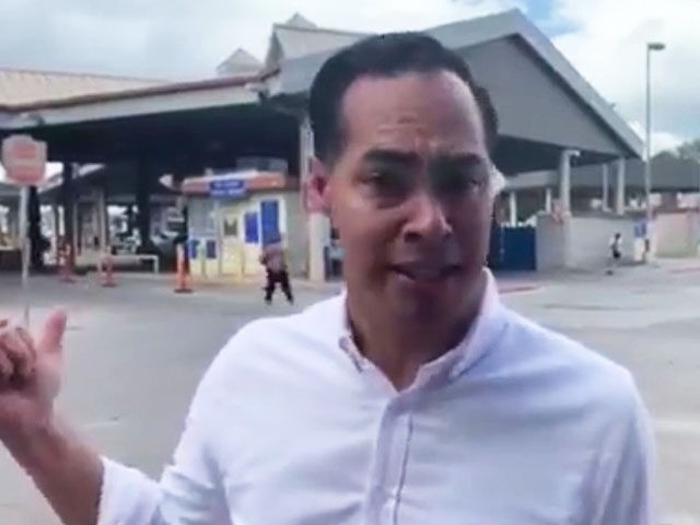 Asylum Seekers Escorted to U.S. Border by Julián Castro, Denied Entry