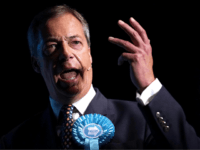 'No Surrender' – Ian Paisley, Nigel Farage Denounce Boris's Brexit Deal