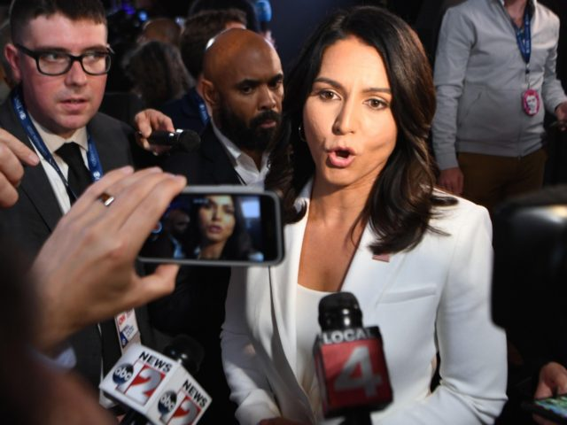 Tulsi Gabbard (Jim Watson / AFP / Getty)