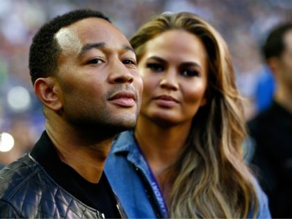 Global Warming Hardliner John Legend, Chrissy Teigen Use Private Jet to Grab Valentines Day Dinner