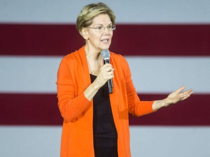 NORFOLK, VA - OCTOBER 18: Democratic Presidential Candidate Sen. Elizabeth Warren (D-MA) speaks during a town hall event on October 18, 2019 in Norfolk, Virginia. Warren discussed measures to curb corruption in Washington, implement structural changes to counter income inequality, and protect democracy. (Photo by Zach Gibson/Getty Images)