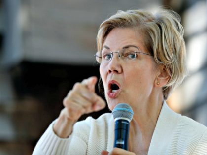 Elizabeth Warren Scolds ICE