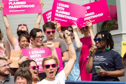 Kawanna Shannon(R), director of surgical services for Planned Parenthood in St. Louis, speaks alongside pro-choice supporters as they hold a rally outside the Planned Parenthood Reproductive Health Services Center in St. Louis, Missouri, May 31, 2019, the last location in the state performing abortions. - A US Court on May …