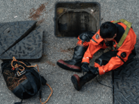ire Services Department rescue diver prepares to enter the sewage system to search for protesters who escape from The Hong Kong Polytechnic University on November 20, 2019 in Hong Kong, China. Anti-government protesters organized a general strike since Monday as demonstrations in Hong Kong stretched into its sixth month with …