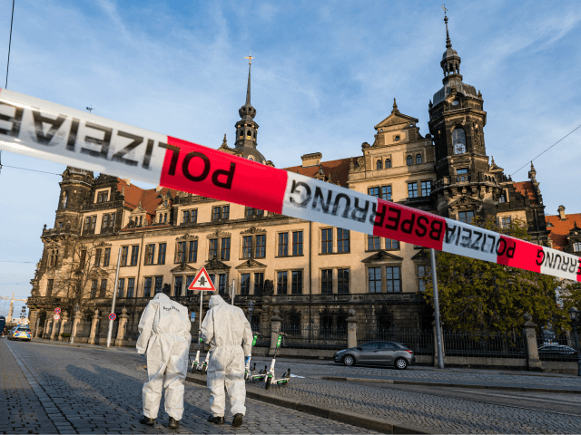 DRESDEN, GERMANY - NOVEMBER 25: Criminal police investigate the environment outside the Residenzschloss palace that houses the Gruenes Gewoelbe (Green Vault) collection of treasures on November 25, 2019 in Dresden, Germany. Thieves, apparently after having sabotaged the electricity supply, broke into the museum through a window early this morning and …