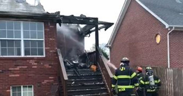 house fire 640x335 - Teen Saves Neighbors from Indiana House Fire