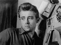 LOS ANGELES - DECEMBER 1954: Actor James Dean poses for a photo in December, 1954 in Los Angeles, California. (Photo by Michael Ochs Archives/Getty Images)