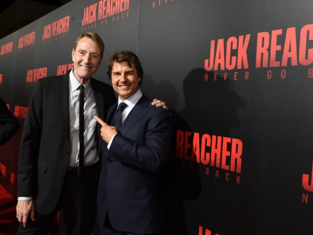 """HARAHAN, LA - OCTOBER 16: Writer Lee Child and Tom Cruise attend the fan screening of the Paramount Pictures title """"Jack Reacher: Never Go Back"""", on October 16, 2016 at the AMC Elmwood in New Orleans, USA. (Photo by Erika Goldring/Getty Images for Paramount Pictures)"""