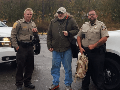 On Wednesday in Alabama, a Walker County Sheriff's Office Deputy came across a man walking down the road with an oxygen tank and learned he is a Disabled American Veteran trying to walk/hitchhike from the Jasper area to Huntsville for a Dr. Appointment he was told he could not miss. …