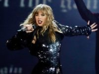 "This May 8, 2018 file photo shows Taylor Swift performing during her ""Reputation Stadium Tour"" opener in Glendale, Ariz. A Kentucky woman recovering in the hospital from a car crash says Swift sent her flowers and a handwritten note. She doesn't know how the singer found out about her injuries, …"