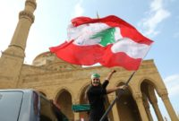Lebanon tycoon forgoes PM job under protest pressure