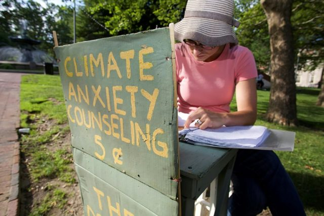 In US, climate anxiety churns up psychological storm