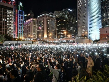 Thousands held a peaceful Thanksgiving themed rally in Hong Kong on Thursday night