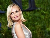 NEW YORK, NY - JUNE 07: (EDITORS NOTE: Image has been processed using digital filters.) Actress Kristin Chenoweth attends the 2015 Tony Awards at Radio City Music Hall on June 7, 2015 in New York City. (Photo by Mike Coppola/Getty Images for Tony Awards Productions)