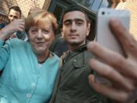Merkel Selfie 2015