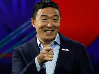 Democratic presidential hopeful, US entrepreneur, Andrew Yang gestures as he speaks at the California Democratic Party 2019 Fall Endorsing Convention in Long Beach, California on November 16, 2019. (Photo by CHRIS CARLSON / POOL / AFP) (Photo by CHRIS CARLSON/POOL/AFP via Getty Images)