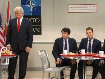 'Saturday Night Live' Mocks Trump's Weight, Excludes Him from NATO Party in Star-Studded Cold Open