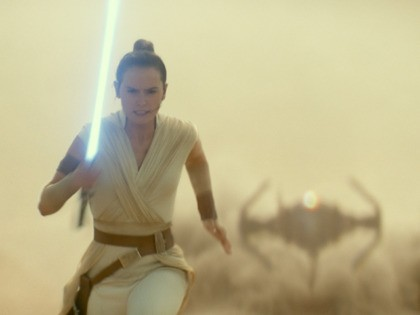 star-wars-rise-of-skywalker-rey-runs