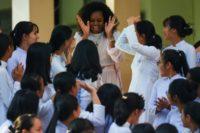 Michelle Obama, Julia Roberts urge Vietnam girls to stay in school