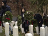 Wreaths Across America Volunteers Honor Fallen Veterans During Annual Wreath-Laying Ceremony