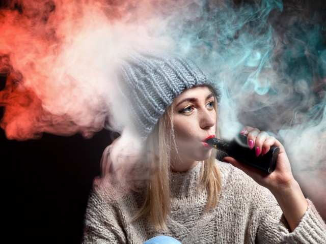 CDC: 60 Deaths, Thousands Hospitalized Across U.S. from Vaping