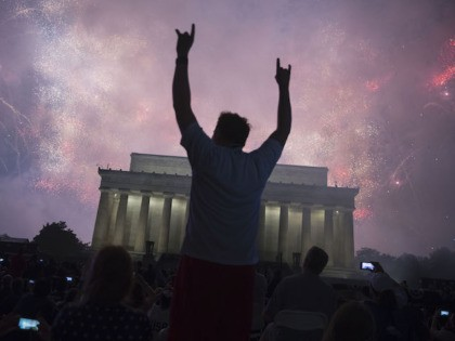 "WASHINGTON, DC - JULY 04: A fireworks display follows the ""Salute to America"" ceremony in front of the Lincoln Memorial, on July 4, 2019 in Washington, DC. The presentation featured armored vehicles on display, a flyover by Air Force One, and several flyovers by other military aircraft. (Photo by Sarah …"