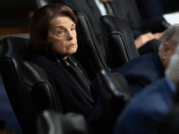 Dianne Feinstein Ditched the Impeachment Trial an Hour Early Wednesday