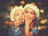 Christmas: sisters hugging.