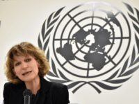 """Agnes Callamard, the UN special rapporteur on extrajudicial killings, speaks during a press conference in San Salvador on February 5, 2018. Callamard, the UN special rapporteur on extrajudicial killings, stated Monday that she had found """"a behavior pattern"""" in El Salvador indicating that members of the police or the army …"""