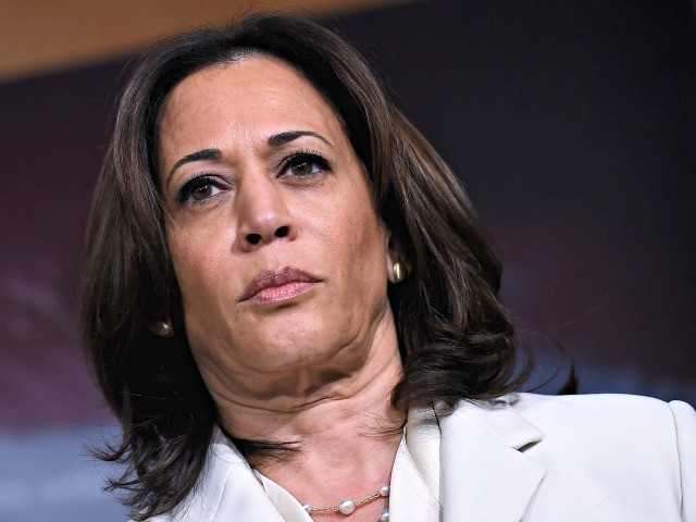enator Kamala Harris (D-CA) speaks about the the Senate Impeachment trial at the US Capitol, January 16, 2020, in Washington, DC. - Members of the US Senate were sworn in on January 16 to serve as jurors at the historic impeachment trial of President Donald Trump. (Photo by OLIVIER DOULIERY …