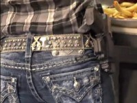 Restaurant Owner and 2A Defender: All Our Waitresses Open-Carry