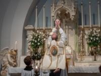 christian communion catholic church priest
